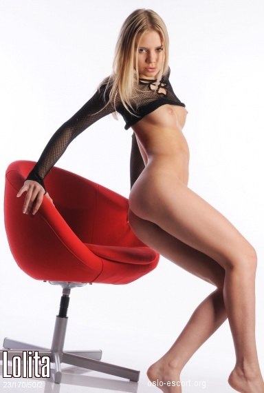 Lolita, Russian escort in Oslo who offers 69