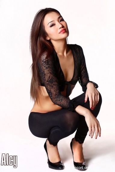 Alcy, Russian escort in Oslo who offers dates