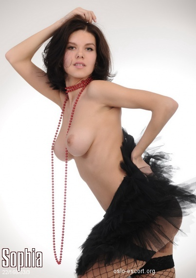 Sophia, Russian escort in Oslo who offers dates