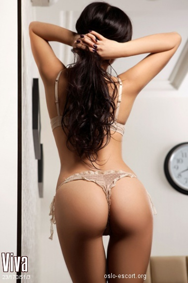 Viva, Russian escort in Oslo who offers massages