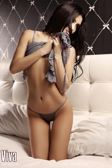 Viva, Russian escort in Oslo who offers company