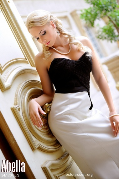 Abella, Russian escort in Oslo who offers massages